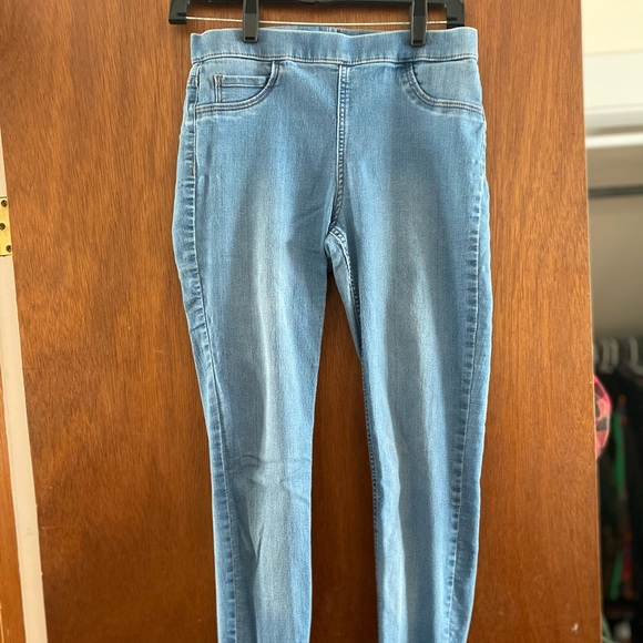 H&M washed out pull up skinny jeans